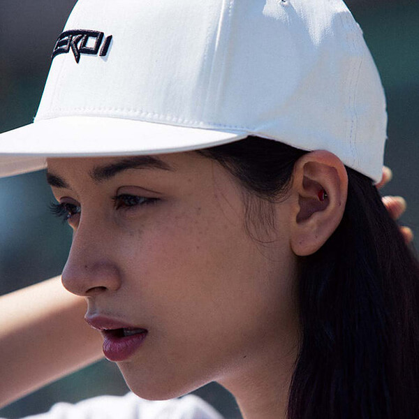 Korea ZEROi Smart Hat with Bone Conduction Technology