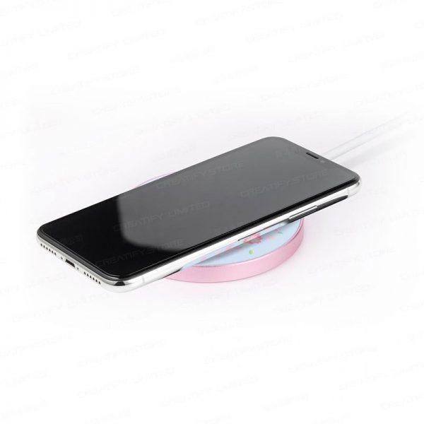 infoThink 小熊維尼系列無線充電座 (櫻花限定版) (infoThink Wireless Charging Pad Winnie the Pooh Sakura Limited Edition)