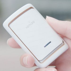 日本 IONIZO 2 合1 隨身空氣淨化機 + 智能空氣驗測機 (Ionizo Mini Air Quality-Tracking Purifier)
